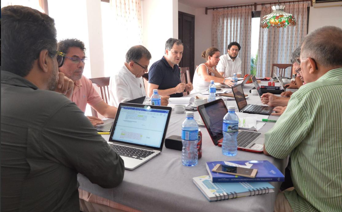Reunión-entre-las-delegaciones-del-Gobierno-y-las-FARC.-Iniciamos-revisión-de-propuestas-del-punto-Política-de-Desarrollo-Agrario-Integral