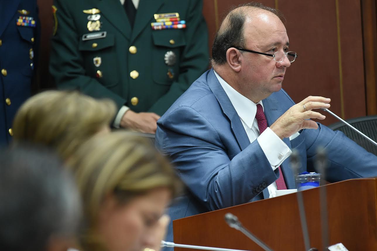 comision-segunda-de-senado-para-sustentar-solicitud-de-ascensos-de-39-oficiales-de-la-fuerza-publica-2