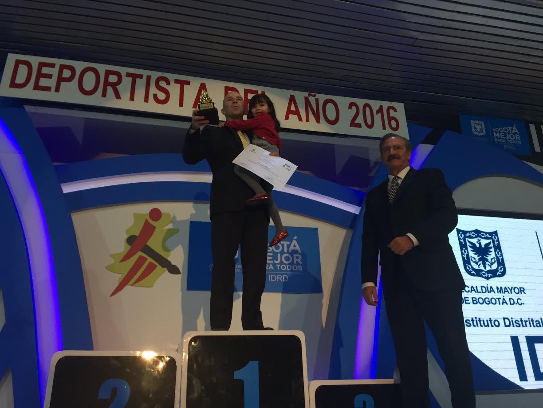 carlos-alberto-ramirez-deportista-del-ano-acord-bogota-idrd-20165