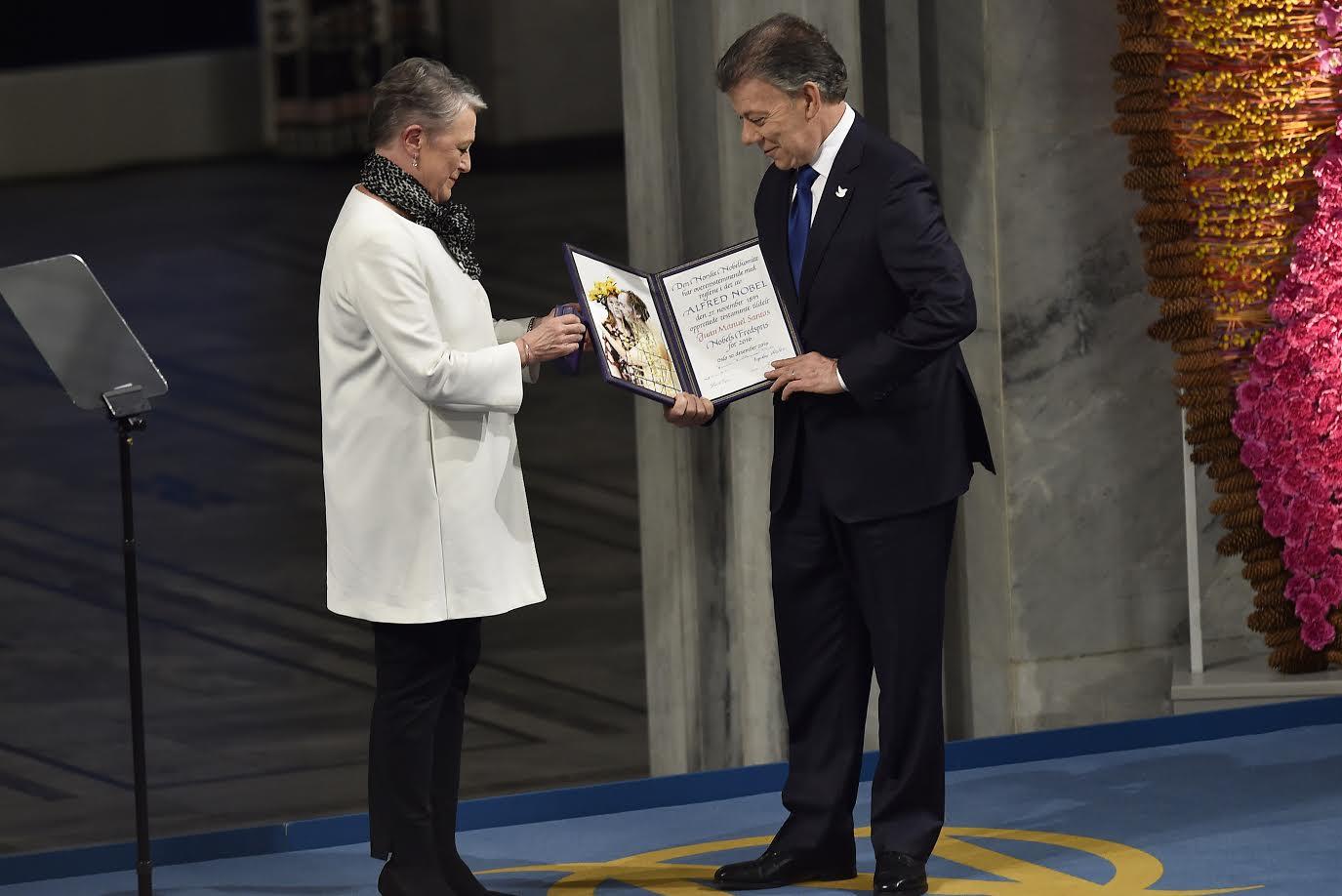 entrega-premio-nobel-de-paz-al-presidente-santos2