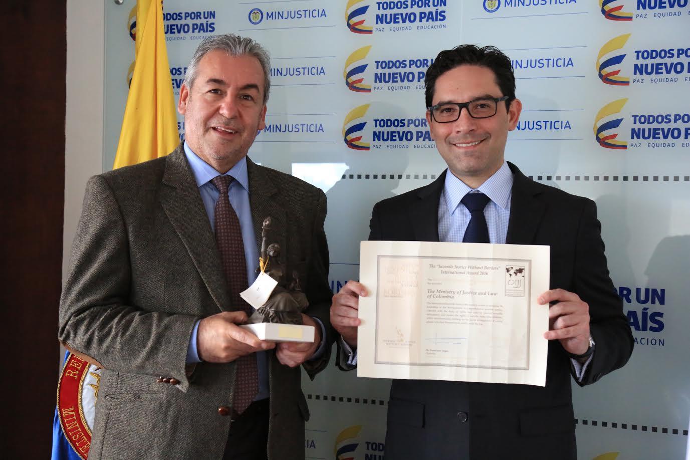 ministerio-de-justicia-y-del-derecho-de-colombia-galardonado-en-la-iv-edicion-del-premio-internacional-justicia-juvenil-sin-fronteras