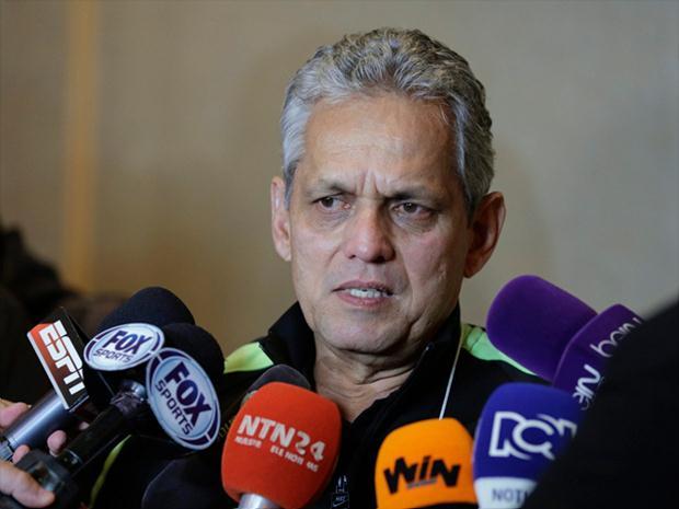 El entrenador de Atlético Nacional dejó claro que la institución si solicitó el aplazamiento de los partidos de semifinales ante Santa Fe.