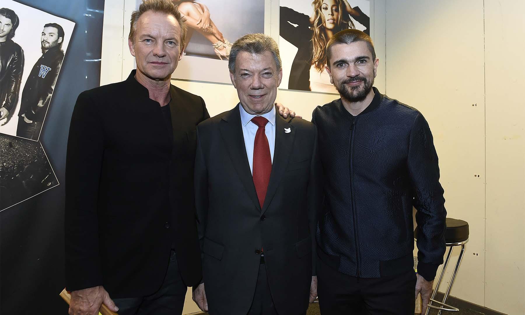 Visiblemente emocionado, el Presidente Juan Manuel Santos agradeció el concierto del Premio Nobel de Paz 2016, que ofrecieron en su honor los cantantes Sting y Juanes, entre otros artistas, en el teatro Telenor Arena.