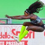 La colombiana Caterine Ibargüen lanzó un aviso a todas sus rivales camino de los Mundiales de Doha