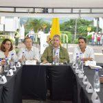 Este lunes, el Presidente Iván Duque visitó el Puesto de Mando Unificado instalado en Pereira, donde habló con las autoridades y la comunidad sobre los efectos de las lluvias en sectores de la capital de  Risaralda.