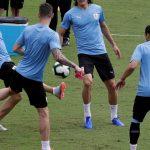 Luis Suarez y Edinson Cavani en el reconocimiento del Arena Fonte Nova de San Salvador de Bahía