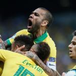 Con goles de Gabriel Jesús y Firmino, la Canarinha superó a la Albiceleste en Belo Horizonte.
