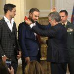 Ustedes hicieron historia para siempre, les manifestó el Jefe de Estado a Juan Sebastian Cabal y Robert Farah durante el acto de condecoración, en la Casa de Nariño (1)