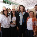 Empoderamiento de la mujer para participar en política y la vida pública