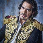 Luis Gerónimo Abreu interpreta a Simón Bolívar en su etapa adulta en la serie Bolívar