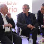 Hanz Zur Hausen, Premio Nobel de Medicina 2008; Johannes Georg Bednorz; Premio Nobel de Física 1987 Y Alejandro Cheyne, rector de la Universidad del Rosario