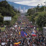 Más de 10.000 personas marchan desde distintos puntos de Bogotá en el septimo día de protestas