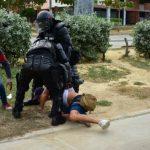 Periodista retenido por la Policía en Barranquilla. Foto: Cortesía