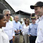 El Embajador de EE.UU. en Colombia, Philip Goldberg, y el Director de la Corporación de Finanzas y Desarrollo, Adam Boehler, acompañaron este jueves al Presidente Iván Duque en la visita a Tumaco para examinar la política antidrogas. Foto César Carrión