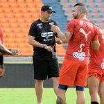 El técnico Aldo Bobadilla quiere empezar a sumar de a tres