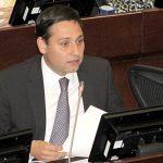 Senador Mauricio Lizcano23