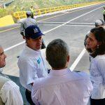 El Presidente Duque puso en operación para los colombianos 6,8 kilómetros nuevos del proyecto Girardot-Ibagué-Cajamarca (GIC), que incluyen el viaducto de Gualanday II, el más extenso del proyecto de Tercera Generación (3G). Foto: Efraín Herrera – Presidencia