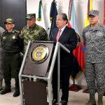 'Las Fuerzas Militares y la Policía Nacional van a responder con la firmeza adecuada y legítima y con todo rigor ante las amenazas' del Eln: Ministro de Defensa