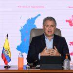 El Presidente Iván Duque Márquez invitó este sábado a los colombianos, por medio de Facebook Live, a estar unidos para afrontar la pandemia del coronavirus y también para sacar adelante el país, y dijo que la situación exige dar lo mejor de la solidaridad