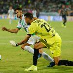 Andrés Andrade (blanco y verde)