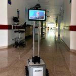 Investigadores e instructores del Sena crearon robot que ayuda al personal médico en la atención de pacientes con covid-19