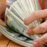 dolares en movimiento