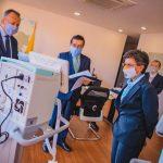 Minsalud hace entrega anticipada de ventiladores a la alcaldesa de Bogotá.7