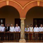 Foto oficial de la reunión informativa entre los Ministros de la Alianza del Pacífico y los Cancilleres de Mercosur.