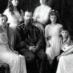 Rusia confirma el hallazgo de los restos de dos de los hijos del zar Nicolás II.