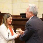 Uribe saluda elección de 'Sandra Ramíre