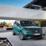 El nuevo Tiguan se reconoce por su frontal con parrilla retocada, nuevos faros y faldones modificados. Foto Volkswagen AGdpa .