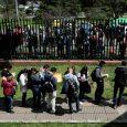 Foto de archivo ilustrativa de desempleados haciendo una fila en bus ca de trabajo en Bogotá REUTERS/Luisa Gonzalez