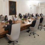 El Presidente Iván Duque se reunió este lunes en la Casa de Nariño con una delegación de funcionarios de Estados Unidos, con quienes analizó los temas de la pandemia, la lucha contra el narcotráfico, la reactivación económica y el Compromiso por Colombia. Foto Presidencia