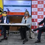 La alcaldesa de Bogotá, Claudia López; la secretaria de Educación, Edna Bonilla Sebá; el secretario de Salud, Alejandro Gómez