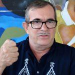 """El exlíder de las (FARC), Rodrigo Londono, alias """"Timochenko"""",durante una entrevista con Reuters en La Carmelita, en el departamento del Putumayo. REUTERS/Luis Jaime Acosta"""
