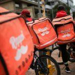 Trabajadores de la aplicación de entregas Rappi en BogotáREUTERS/Luisa González