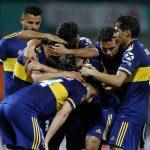 FEduardo Salvio, del Boca Junior, celebra con sus compañeros el primer gol del equipo. Fernando Vergara/Pool via REUTERS