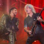 Adam Lambert y Brian May de la banda Queen REUTERS/Eduardo Munoz