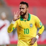 El brasileño Neymar celebra su tercer gol Paolo Aguilar / Pool via REUTERS