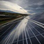 Un panel solar en el distrito de Inegol, Yeniyoruk, Turquía, el 24 de enero de 2019. Foto Sergen Sezgin - Agencia Anadolu