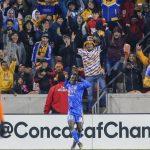 Julián Quiñones celebrando un gol durante un partido de la Liga de Campeones de la Concacaf entre Tigres y Houston Dynamo USA TODAY/Troy Taormina