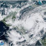 Una imagen satelital del huracán Eta aproximándose a las costas de Nicaragua en Centroamérica como un ciclón de categoría 4. Nov 3, 2020. NOAA/Handout via.