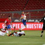 Guiada por un Arturo Vidal inspirado y oportuno, la selección de Chile venció por 2-0 a la de Perú