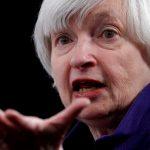 La entonces saliente presidenta de la Reserva Federal de EEUU, Janet Yellen, ofrece una conferencia de prensa. REUTERS/Jonathan Ernst