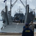 El buque (USAV) Chickahominy, de llega a Cartagena para entregar ayuda colombiana a Providencia