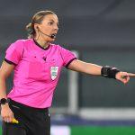 La francesa Stephanie Frappart durante el partido entre la Juventus y el Dínamo Kiev, por el Grupo G de la Liga de Campeones, en el Allianz Stadium, Turín, Italia - Diciembre 2, 2020. REUTERS/Massimo Pinca