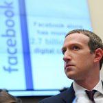 El presidente y presidente ejecutivo de Facebook, Mark Zuckerberg, testifica en una audiencia del Comité de Servicios Financieros de la Cámara de Representantes en Washington, Estados Unidos. REUTERS/Erin Scott/