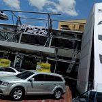 Vehículos nuevos son exhibidos para la venta en un local de Bogotá,REUTERS/Luisa González