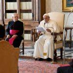 Papa Francisco dando su audiencia semanal general en el Vaticano. Ene 20, 2021. Vatican Media/Handout via REUTERS