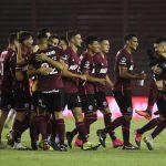 Los jugadores de Lanus celebrando el pase a la final de la Copa Sudamericana. Pool via REUTERS/Marcelo Endelli